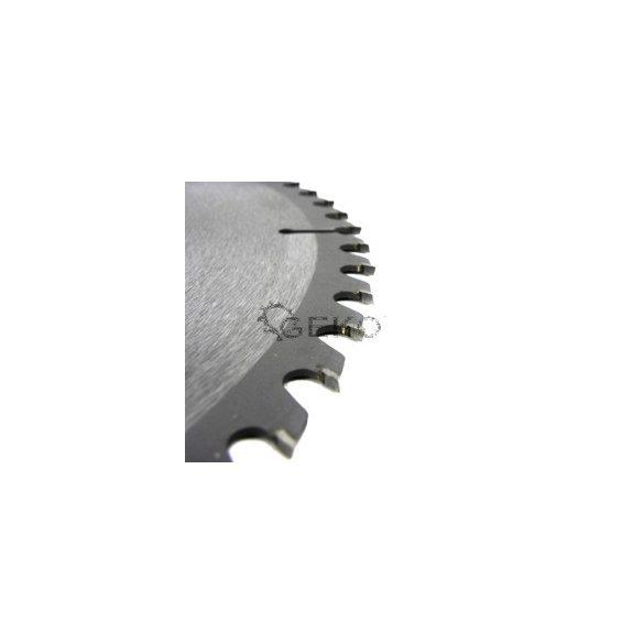 Körfűrésztárcsa Geko vídiás  350x32x60 fog